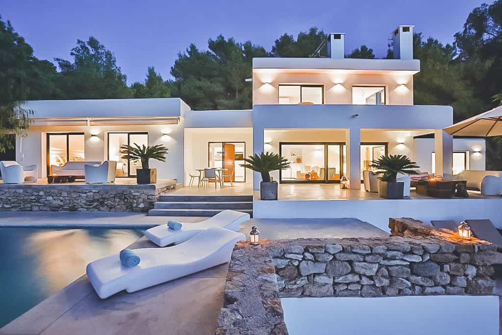 Villa Rental Ibiza - 4 Bedrooms - Balearic Bliss - Villa Elizabeth - pool and villa at night picture
