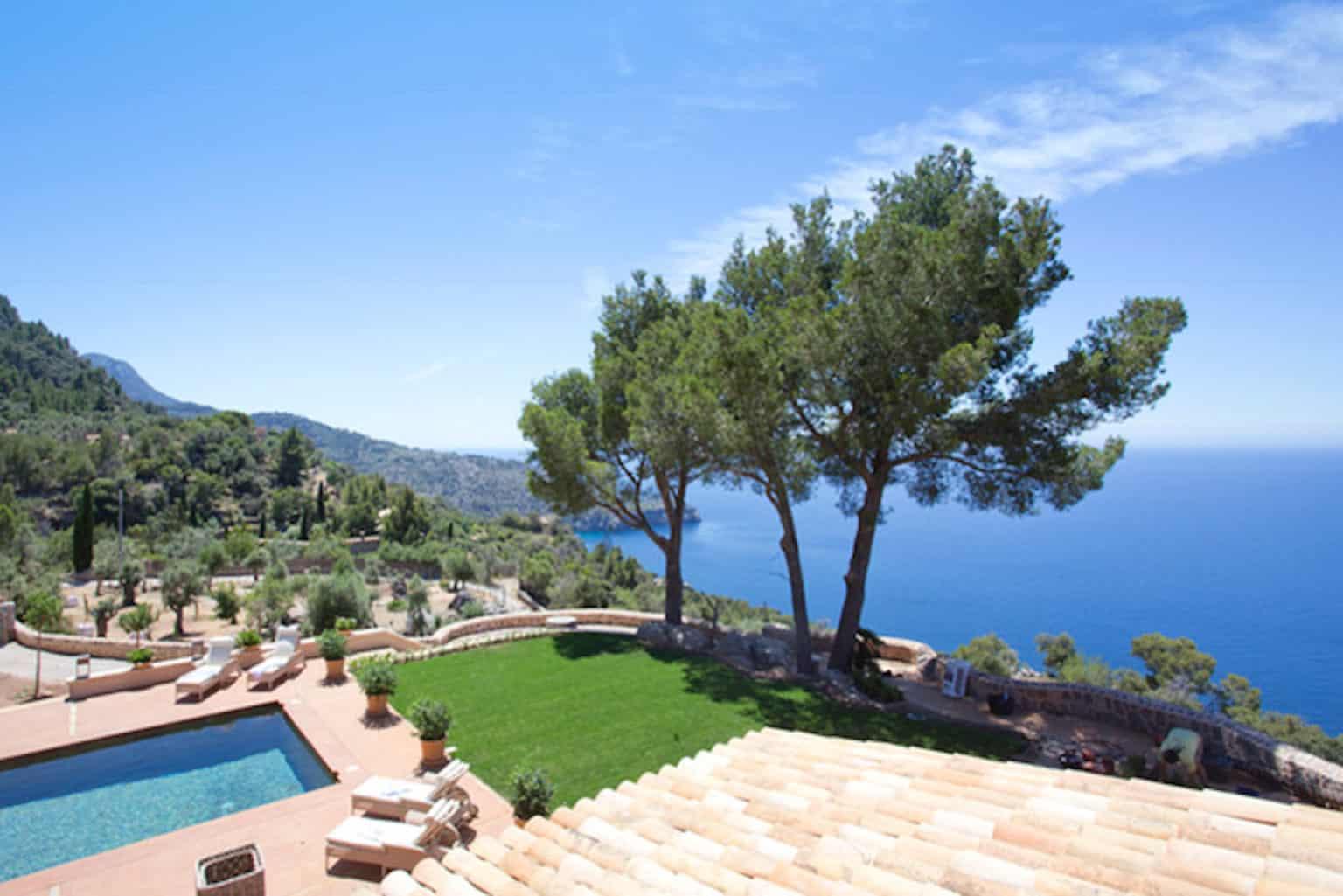 Rental Mallorca - 4 Bedrooms - Balearic Bliss - Villa Rafaella - sea view